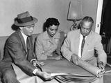 Frank Sinatra - 1957 Photographic Print by Howard Morehead