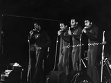 Four Tops - 1971 Photographic Print by Isaac Sutton