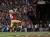 San Francisco 49Ers - Sept 16, 2012: Vernon Davis Photographic Print by Marcio Jose Sanchez