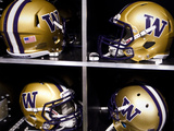 University of Washington: Washington Huskies Football Helmets Photo