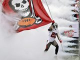 Tampa Bay Buccaneers - Sept 9, 2012: Ronde Barber Plakater av Chris O'Meara