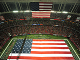 Atlanta Falcons - Sept 17, 2012: American Flag at the Georgia Dome Fotografisk trykk av Pouya Dianat