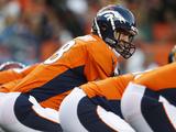 Denver Broncos - Sept 9, 2012: Peyton Manning Fotografisk trykk av David Zalubowski