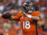 Denver Broncos - Sept 9, 2012: Peyton Manning Photographie par David Zalubowski