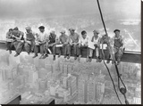 New York Construction Workers Lunching on a Crossbeam, 1932 Reproduction transférée sur toile par Charles C. Ebbets