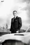 James Bond 007 - Skyfall - Bond und DB5 Kunstdrucke