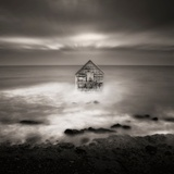A House Superimposed on the Sea Lámina fotográfica por Luis Beltran