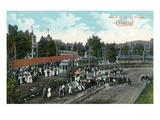 Cleveland, Ohio - Crowds around Train at Euclid Beach Kunstdrucke von  Lantern Press