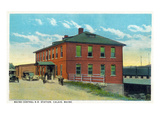 Calais, Maine - Maine Central Railroad Station Exterior Prints by  Lantern Press
