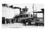 Palatka, Florida - Departing from a Ship at the Wharf Print by  Lantern Press