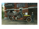 Rochester, Minnesota - Central Fire Station Exterior with Fire Truck Poster autor Lantern Press