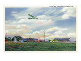 Elmira, New York - Glider Plane Leaving Harris Hill Field Prints by  Lantern Press