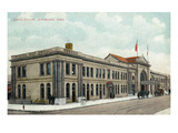 Des Moines, Iowa - Exterior View of Union Station Prints by  Lantern Press