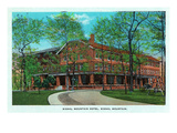 Chattanooga, Tennessee - Exterior View of Signal Mountain Hotel Art by Lantern Press