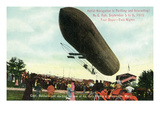 Worcester, Massachusetts - Capt Baldwin Taking Off in a Zeppelin Art by  Lantern Press