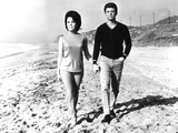 Beach Blanket Bingo, Annette Funicello, Frankie Avalon, 1965 Photo