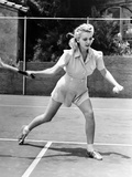 Carole Landis Playing Tennis, 1940 Kunstdrucke