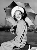 Eleanor Parker Sports a New English Umbrella as She Arrives in NY on the Queen Elizabeth, June 1948 Prints