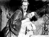 The Pit and the Pendulum, Vincent Price, Barbara Steele, 1961 Photo