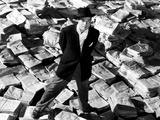 Citizen Kane, Orson Welles, 1941, Astride Stacks Of Newspaper Prints
