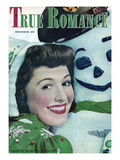 True Romance Vintage Magazine - December 1945 - Snowman Prints