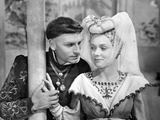 Henry V, Laurence Olivier, Renne Asherson, 1944 Photo