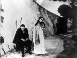 Cabinet Of Dr. Caligari, (AKA Das Kabinett Des Doktor Caligari), Conrad Veidt, Lil Dagover, 1920 Photo