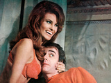Bedazzled, Raquel Welch, Dudley Moore, 1967 Photo