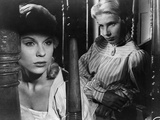 Wild Strawberries, (AKA Smultronstallet), Bibi Andersson, Ingrid Thulin, 1957 Photo