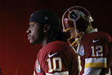 Washington Redskins and Baltimore Ravens NFL: Robert Griffin III and Kirk Cousins Fotografisk trykk av Patrick Semansky