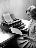 IBM's State of the Art Selectric Typesetting Unit Justifies Type Semi-Automatically Photographic Print