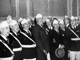 Pres Franklin Roosevelt Singing 'Home on the Range' with American Legion Glee Club of Syracuse, NY Photographic Print