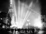 Carthay Circle Theatre During a Dramatically Lit Hollywood Premier Photo