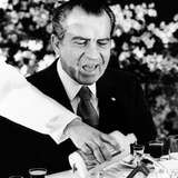 President Richard Nixon at a Chinese Banquet Photographic Print