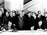 Pres Richard Nixon and Soviet Premier Alexei Kosygin Sign Agreement for Joint US-Soviet Spaceflight Photo