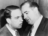 Senator Joseph McCarthy and His Chief Consul, Roy Cohn Whispering, Jun 11, 1954 Fotografía
