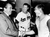 President Richard Nixon Greets Washington Senators Catcher Jim French after their Win over Brewers Photographie