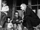 President Lyndon Johnson in Conversation the Tom Fletcher Family of Inez, Kentucky Foto