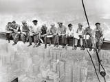 Lunch Atop Skyscraper, Rockefeller Center, 1932 Posters af Charles C. Ebbets