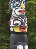 Totem Pole, Vancouver, British Columbia, Canada Photographic Print by William Sutton