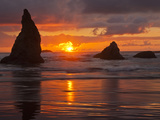 Sunset, Bandon Beach, Oregon, USA Photographic Print by Cathy & Gordon Illg