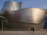 The Guggenheim Museum, Bilbao, Spain Fotografie-Druck von Walter Bibikow