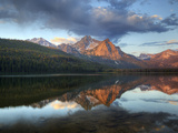 Stanley Lake and Mcgowan Peak, Sawtooth National Recreation Area, Idaho, USA Stampa fotografica di Jamie & Judy Wild