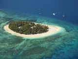 Beachcomber Island Resort, Mamanuca Islands, Fiji Photographic Print by David Wall