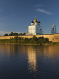 Pskov Kremlin, Pskov, Pskovskaya Oblast, Russia Photographic Print by Walter Bibikow