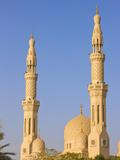 Jumera Mosque, Dubai, United Arab Emirates Photographic Print by Keren Su