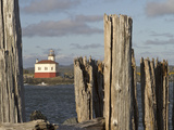 Coquille River Lighthouse, Bandon, Oregon, USA Fotografiskt tryck av William Sutton