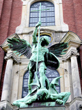 Sculpture of the Archangel Michael Defeating Satan, St Michael's Church, Hamburg, Germany Fotografie-Druck von Miva Stock