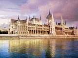 Parliament Building and Danube River, Budapest, Hungary Stampa fotografica di Miva Stock