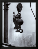 Construction Worker on the Empire State Building Print